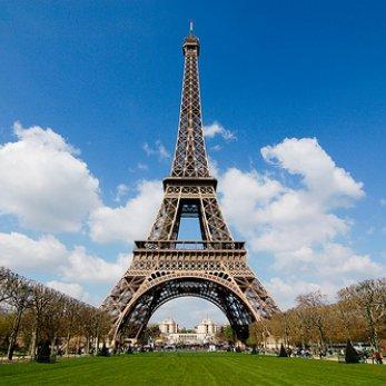Павел Подельщиков: «Организованных групп белорусских туристов сейчас в Париже нет!»