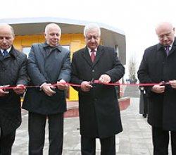 Мясникович открыл обновленный зал ожидания вокзала Минск-Пассажирский