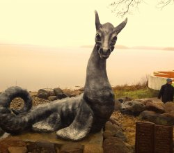 В Лепеле состоялось официальное открытие памятника мифическому Цмоку