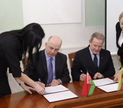 Министерство спорта и туризма Беларуси и Министерство экономики Литвы подписали программу сотрудничества в области туризма на 2014 – 2015 годы
