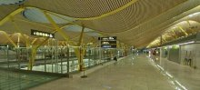 В системе Google Street View  можно видеть панорамные снимки испанских аэропортов