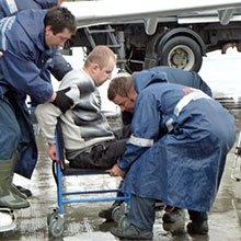 Пинские инвалиды-колясочники поддержали коллегу, который судится с аэропортом «Минск-2»