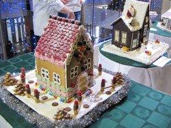 В Минске впервые проходит выставка-конкурс пряничных домиков