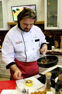 На выставке Balttour 2014 в Риге на белорусском стенде состоится кулинарное шоу с участием известного повара Александра Чикилевского
