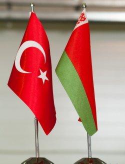 Посетителей белорусского стенда в Стамбуле интересовало только то, когда будут отменены визы