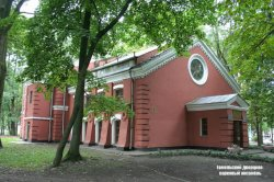 В Зимнем саду Гомельского дворцово-паркового ансамбля открывается кузница счастья