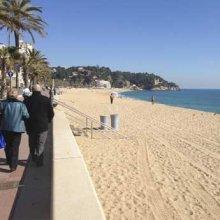 Смытый пляж в Ллорет де Мар восстановят к первым теплым дням