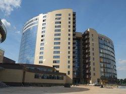 К концу недели строители планируют завершить отделку номеров в отеле «Виктория Олимп» на проспекте Победителей