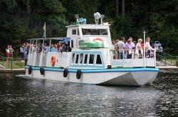 Самой популярной экскурсионной услугой на Августовском канале является катание на теплоходе со шлюзованием