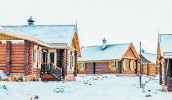 В нарочанской деревушке Наносы ожидаются толпы туристов: здесь возводят этнокультурный комплекс по мотивам средневековой Беларуси