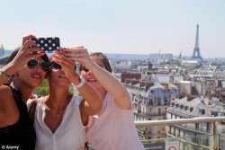 Эйфелева башня возглавила рейтинг на Instagram