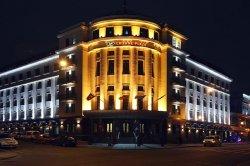 Почему пятизвездочный отель в Варшаве вдвое дешевле, чем в Минске?