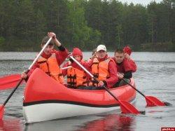 В парке «Себежский» для туристических групп разработали водную экскурсию на каноэ. Часть экскурсии пройдет по территории Беларуси