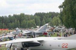 Гости музея авиатехники под Минском могут увидеть самолет премьер-министра