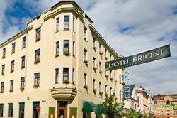 Владелец чешского отеля отказался принимать россиян из-за Крыма