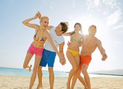 Солнечный Берег, Мармарис и Айя-Напа – куда поедет молодежь на отдых этим летом