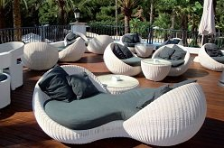 Поток туристов в Испанию растет, майские цены на отели – тоже