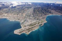 Аэропорт Ниццы признан самым красивым аэропортом мира с высоты птичьего полета