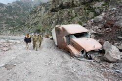 В Дарьяльском ущелье Грузии сошел оползень. Туристы из Беларуси спасены