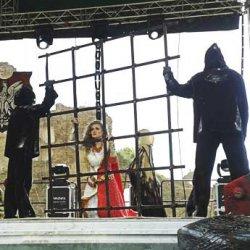 «Гольшанский замок–2014»: мюзикл, тараканьи бега и четыре эпохи белорусской кавалерии