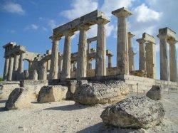 На поддержку бизнеса, в том числе туризма, Греция выделяет более €4 млрд