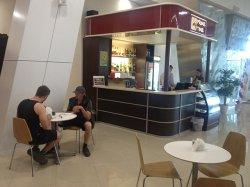 В Национальном аэропорту Минск открылись ресторан и споттинг-бар