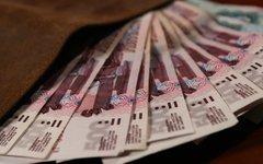 Ростуризм рекомендует россиянам брать на отдых в Крыму наличные деньги