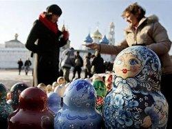 Поток иностранных туристов в Россию снизился на 30%