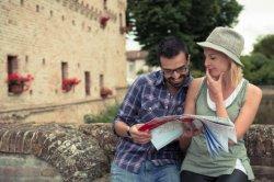 Вышли в свет нецензурные разговорники для британских туристов