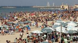 Пляжи Тель-Авива закрылись в разгар хамсина