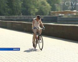 Школа езды на велосипеде начала работать в парке Янки Купалы в Минске