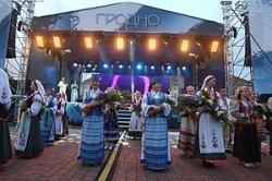 Министр культуры Борис Светлов: «Фестиваль национальных культур в Гродно может претендовать на внесение в Книгу рекордов Гиннесса»