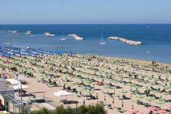 Несмотря на двукратное увеличение перевозки, чартеры из Минска в Римини летают со 100%-ной загрузкой