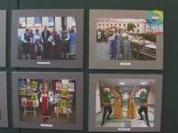 По страницам фестивальной летописи предлагает пройтись выставка в Сенаторском зале Нового замка