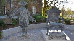 В Германии поставили первый памятник российскому царю