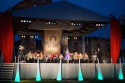 Около 10 тысяч гостей окунулись в атмосферу белорусского Ренессанса на празднике «Ружанская брама»