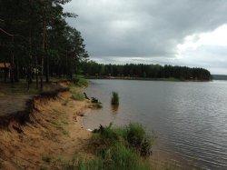 На берегу Вилейского водохранилища открылся кемпинг «Клевое место»