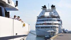 Американские круизные лайнеры не боятся заходить в Одессу