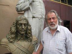 Скульптор Михаил Концевой подарил Жодино бюст основателя города - князя Богуслава Радзивилла