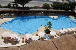 Ребенок из России утонул в бассейне отеля в Анталье