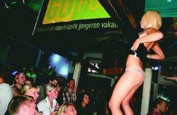 Массовые оргии стали новым развлечением британских и немецких туристов, отдыхающих в Болгарии