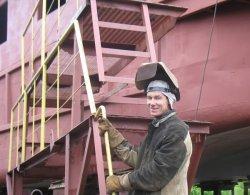В Пинске строят первый в Беларуси круизный теплоход, который будет курсировать между Киевом и Брестом