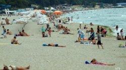 Полицейские, переодетые туристами, охраняют отдыхающих в Болгарии