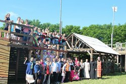 Украинские подростки отдохнули в белорусском православном лагере
