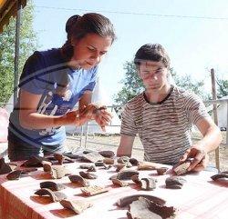 Около 7 тыс. экспонатов Х-ХVII веков обнаружили археологи во время раскопок в Мстиславле