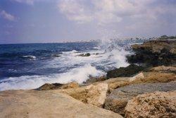 Российский турист утонул на Кипре на глазах у жены и сына