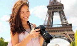 Чем туристы бесят парижан
