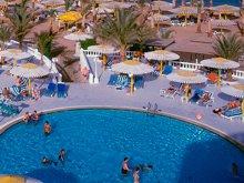 На популярных курортах появились «фекальные террористы»,  которые загаживают бассейны в отелях