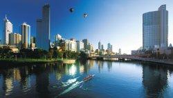 Приветливый Окленд и грубый Париж. Составлен рейтинг дружелюбных городов мира