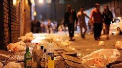 Жители Барселоны возмущены поведением туристов